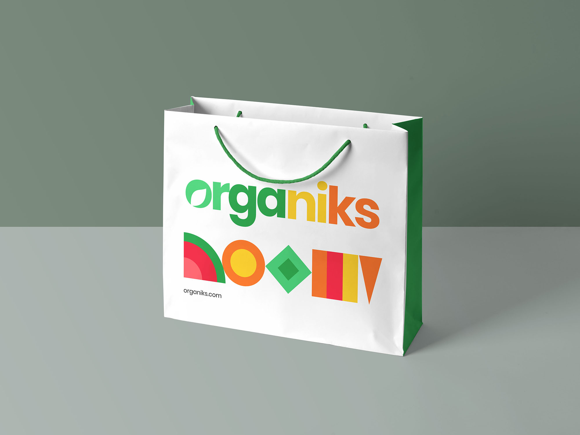 Branded Paper Bag made by Kiakiaprint
